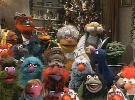 24-A-Muppet-Family-Christma