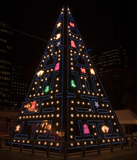 pac-man-chritsmas-tree
